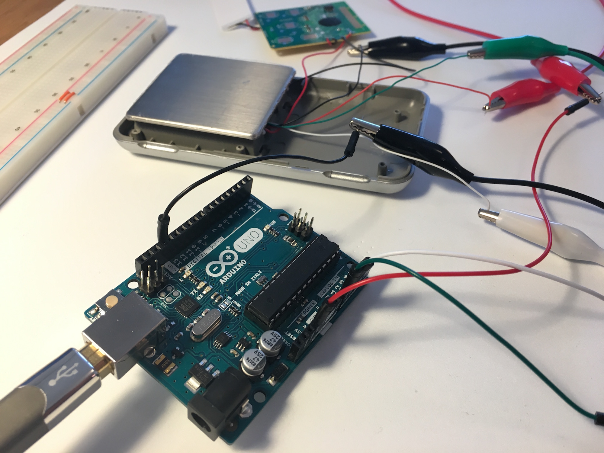 Building A Wi Fi Connected Kitchen Scale Or Coaster 4 Wire Load Cell Wiring Our First Try Was To Cut The Wires Coming From Scales Pcb And Connect These An Arduino Uno